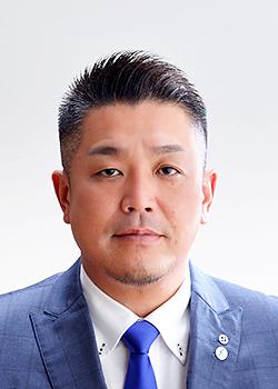 平成28年度会長 真木 大輔